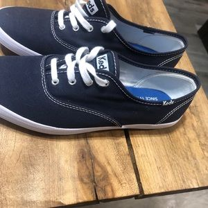 Keds shoes in navy blue